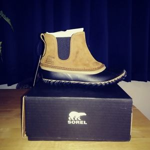 Brand New Women's Sorel Out N About Chelsea Boot